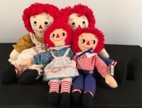 Lot of Raggedy Ann and Andy Dolls