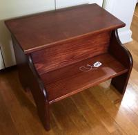 Pine Bed Step Stool