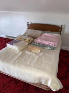 Full Size Bed. Includes All Bedding Shown