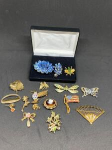Lot of Brooches and Pins
