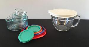 Pampered Chef 8 Cup Measuring Cup and Pyrex Storage Bowls