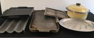Lot of Bakeware Items