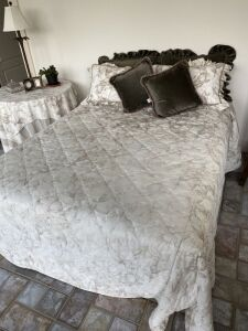 Queen Size Bedding & Side Table