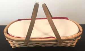 2007 Longaberger Serving Basket