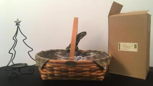 1998 Traditions Longaberger Christmas Basket & Candle Holder