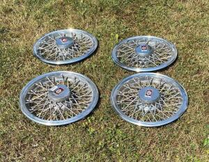 Oldsmobile Wire Hubcaps