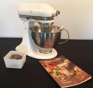 Kitchen Aid Mixer w/ Grinder Pieces