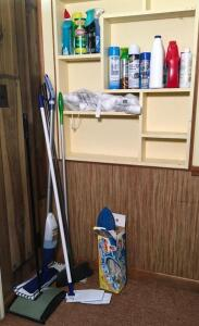 Lot of Cleaning Supplies & Mops