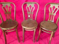 Lot of 3 Wooden Chairs - 2