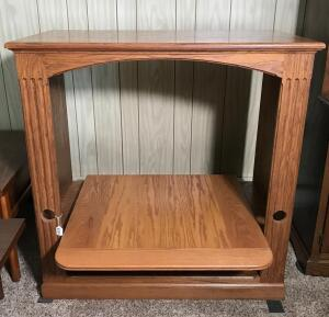 Oak Television Stand/Entertainment Center
