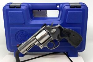 Smith & Wesson Model 686+ Distinguished Combat Magnum .357 Revolver