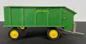 John Deere Forage Wagon Toy