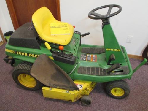 John Deere Srx95 Riding Lawn Mower W Bagger System Front