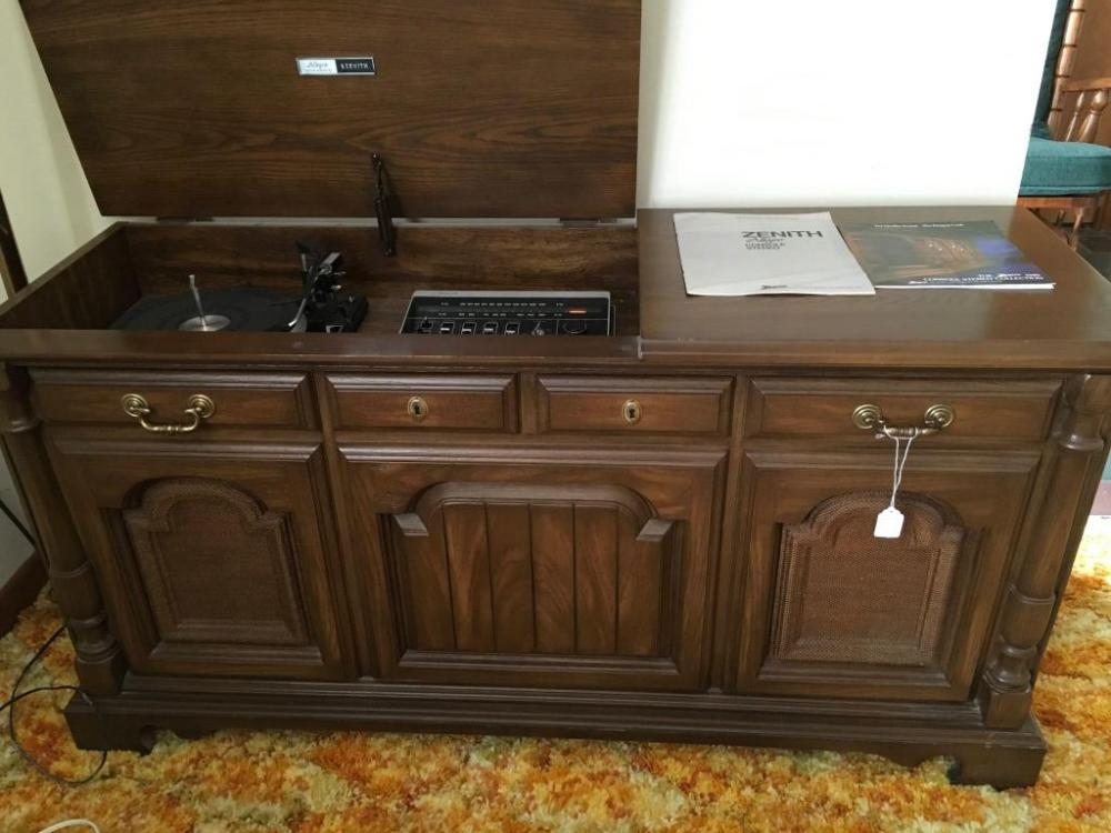 Zenith console stereo - Current price: $1